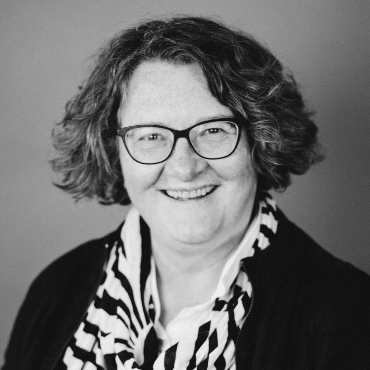 Dr.  Deborah  Tregunno