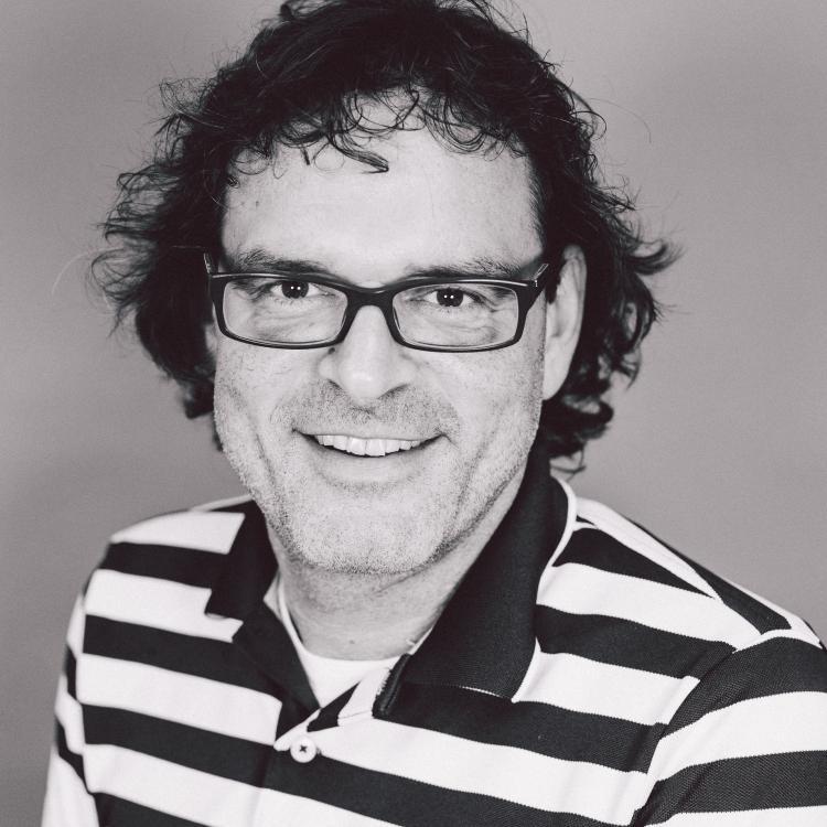 Dr.  Thomas  Rotter