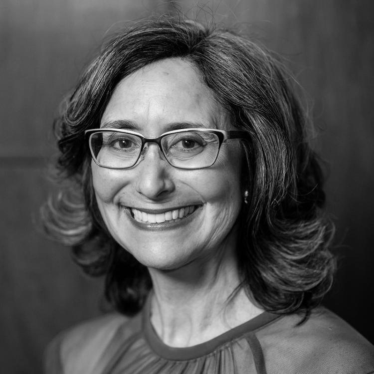 Dr.  Karen  Rudie