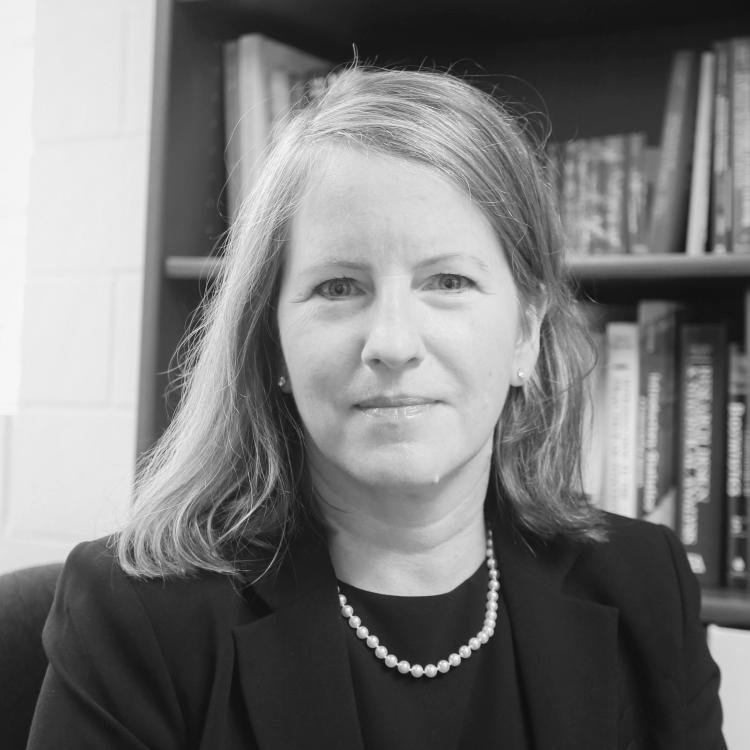 Dr.  Lenora  Duhn
