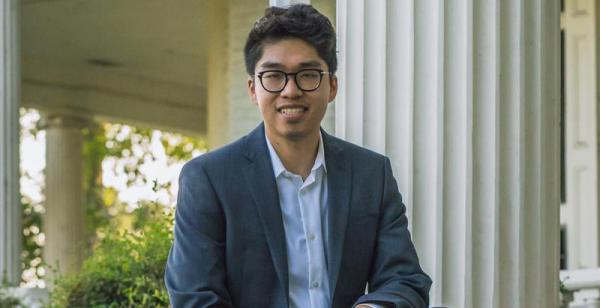 Med student Andrew Lee receives Hall of Fame award