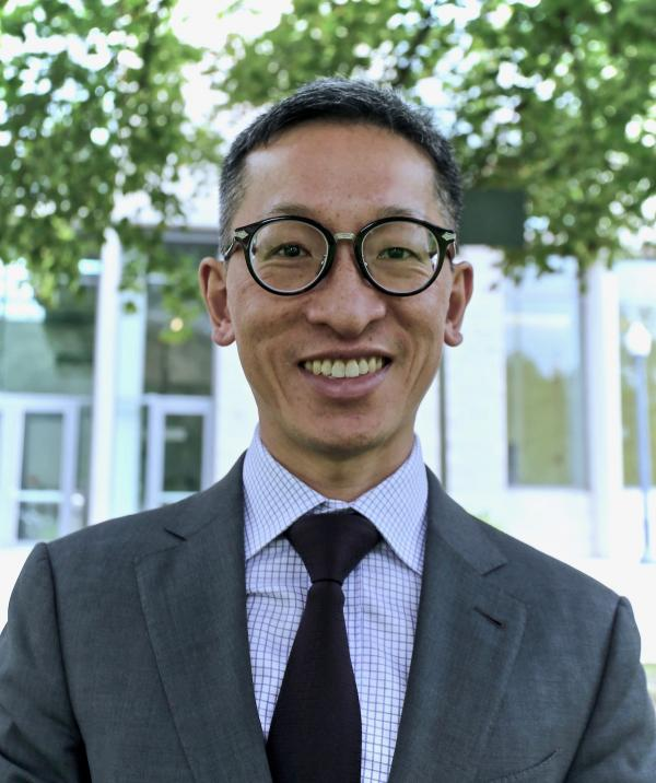 Dr. Kevin Woo earns two major research awards